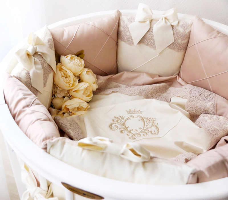 10% СКИДКА на любой комплект постельного белья при покупке любой кроватки и матраса к ней.